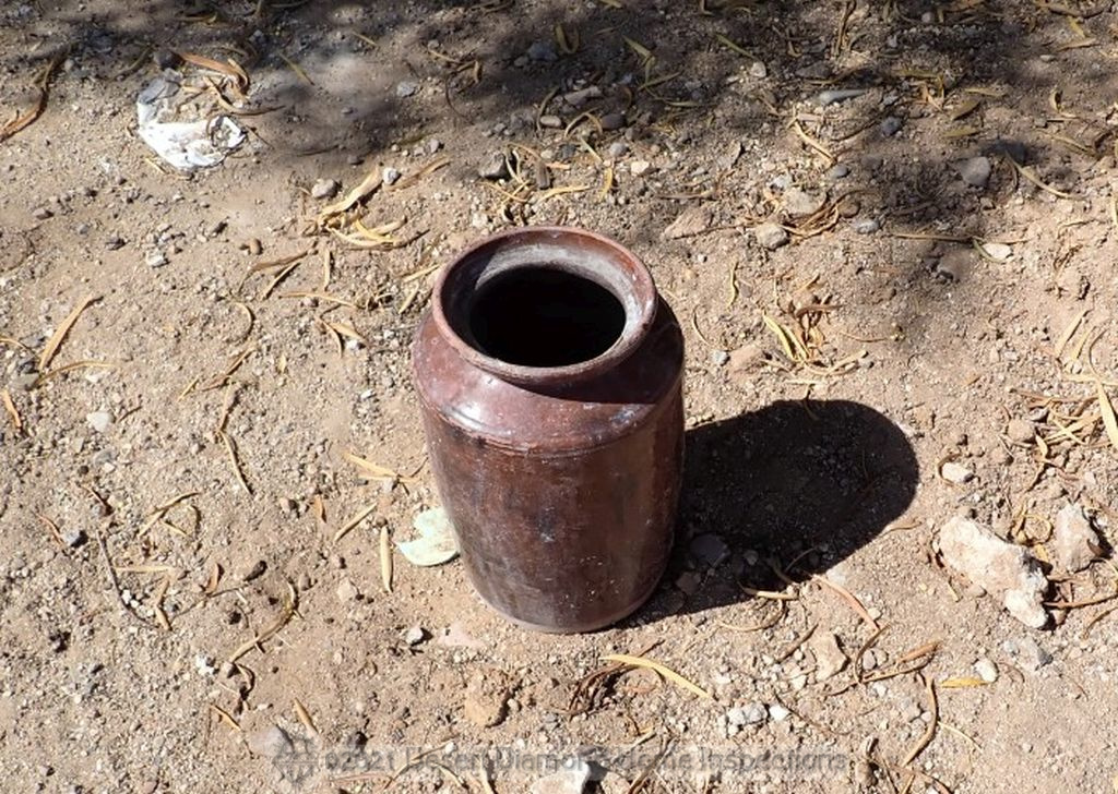 Random find in back alley - Looked like an urn. Not sure I want to know...